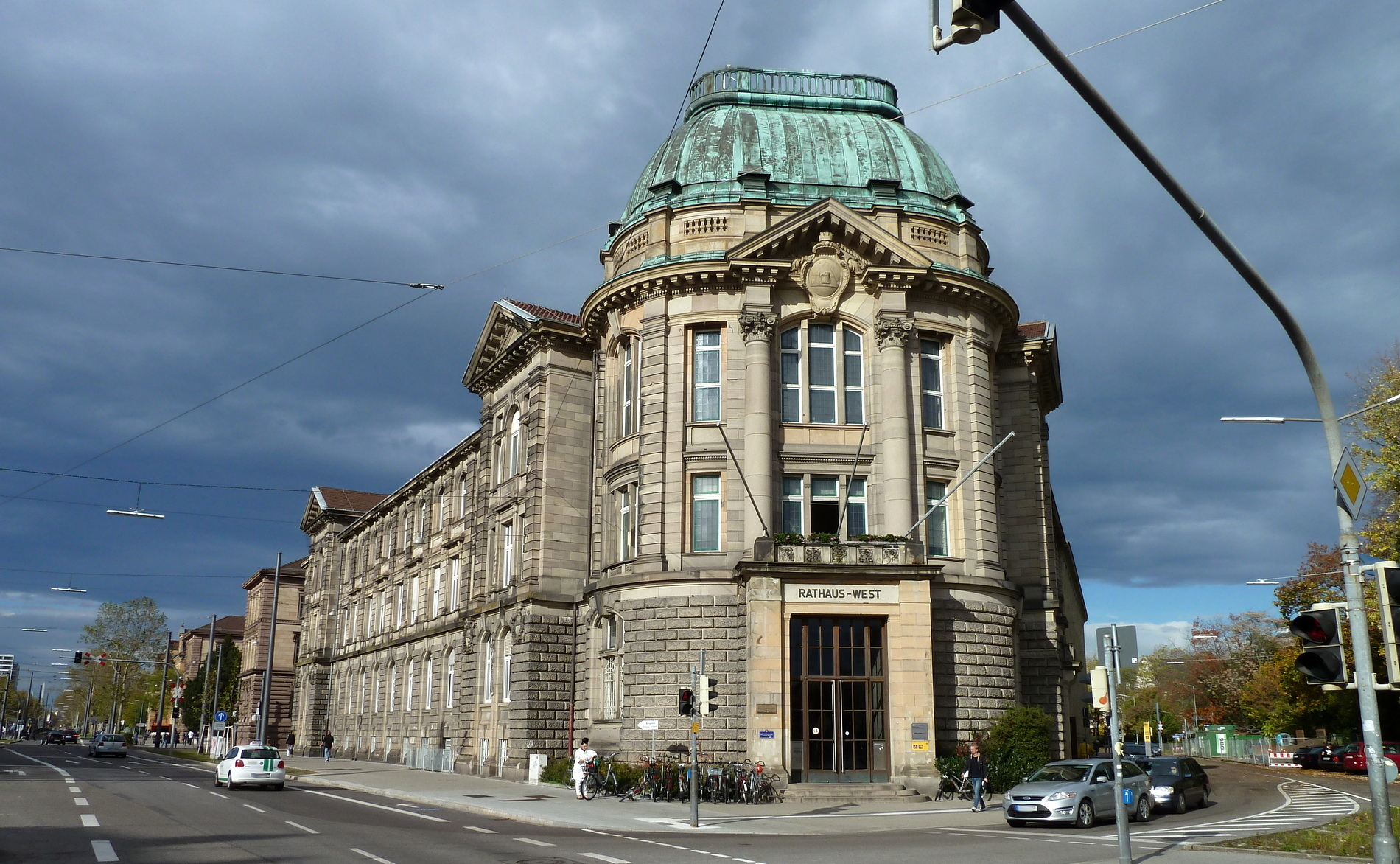 Karlsruhe Rathaus West